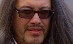 John Romero le créateur de Doom se la joue Luke Skywalker pour annoncer son nouveau jeu