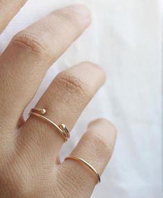 Vrai & Oro cuff ring.