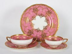 Royal Worcester china partial dinner service : Lot 1157