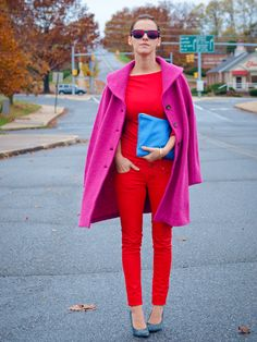 red outfit with pink coat and blue clutch Pink Fashion, Colorful Fashion, Love Fashion, Winter Fashion, Fashion Outfits, Asos Fashion, Trendy Outfits, Fashion Blogs, Cute Outfits