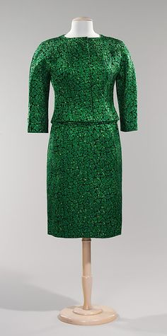 Dinner ensemble House of Givenchy  (French, founded 1952)  Designer:     Hubert de Givenchy (French, born Beauvais, 1927) Date:     ca. 1960 Culture:     French Medium:     silk