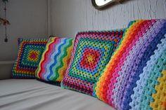 almohadones tejidos al crochet color lila violeta - Buscar con Google
