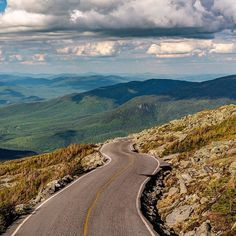 I just can't get enough of these roads in New Hampshire. The Mt. Washington auto road brings you to the top of New England's tallest peak at 6,289 feet. The highest winds recorded were here, 231 MPH. #newhampshire #visitnh #road #driving #whitemountains #travel #mtwashington