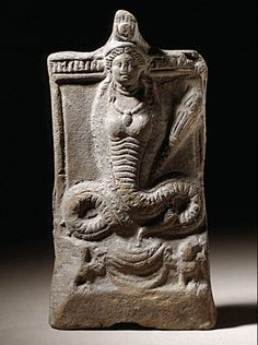 Isis, the Graeco-Egyptienne serpent goddess descended from Nammu/Tiamat