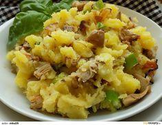Brambory oloupeme a uvaříme v osolené vodě do měkka. Mezitím nakrájíme slaninu a cibuli na drobno, hlívu na kousky.Na kousku sádla vyškvaříme... Potato Salad, Cauliflower, Macaroni And Cheese, Paleo, Potatoes, Vegan, Vegetables, Ethnic Recipes, Food