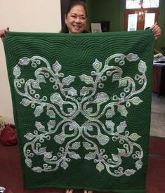 I love this quilt sooooo much that I'm reposting... - Hawaiian Quilting With Poakalani & Co.