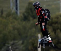 This image is Flyboard Air Hoverboard and it applied the rule of third so the image has more dynamic.