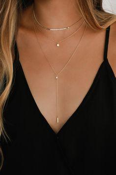 Diamond Necklace / Gold 3 Stone Bezel Setting Diamond Necklace / Diamond Solitaire Necklace / Diamond by the Yard Necklace for Wedding – Fine Jewelry Ideas – Dainty Jewelry necklace Stylish Jewelry, Dainty Jewelry, Cute Jewelry, Jewelry Accessories, Jewelry Design, Dainty Gold Necklace, Simple Jewelry, Women's Jewelry, Simple Necklace