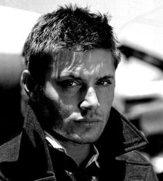 Dean Winchester, even more hot in black and white.