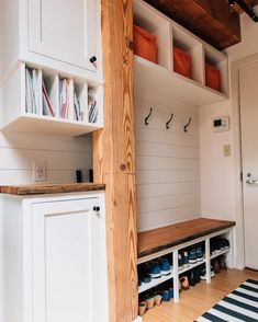 Mudroom laundry room - 15 Incredible Mudroom Organization Ideas For Simple Storage – Mudroom laundry room Mudroom Laundry Room, Laundry Shelves, Shoe Shelves, Floating Shelves, Mud Room In Garage, Wall Shelves, Mud Room Lockers, Shelf Hooks, Shelf Display