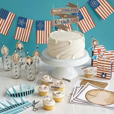 free printable 4th of July American History red white and blue party kit - History Buff printables http://www.uncommongoods.com/service/22382-01.pdf