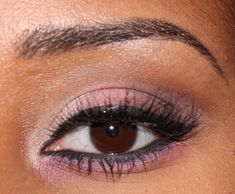 Valentines Day Inspired Makeup Tutorial by CM. Click the pick to see the how-to. #makeup #beauty #valentinesday