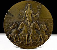 Wooden Panelling, Coin Art, Art Deco Period, Detail Art, French Art, Vintage Watches, Art Studios, Glass Art, Coins