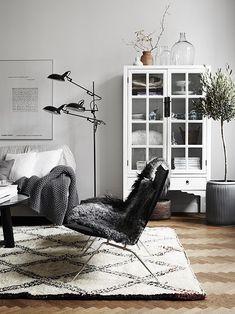 Sala de estar >> Diseño de interiores - Interiorismo - Decoracion de interiores - vitrinas - Blanco y negro