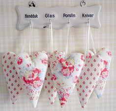 sweet heart maker...love the fabrics!