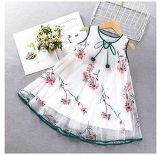 Baby Girl Dress Design, Girls Frock Design, Kids Frocks Design, Baby Frocks Designs, Girls Dresses Sewing, Dresses Kids Girl, Cute Baby Dresses, Baby Summer Dresses, Baby Girl Party Dresses