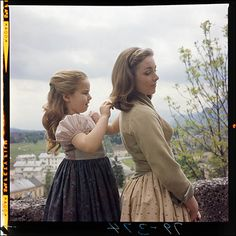 'The Sound of Music' Like You've Never Seen It Before! Rare Photos of Film Classic Come to Life Sound Of Music Tour, Sound Of Music Quotes, Iconic Movies, Classic Movies, Great Movies, My Fair Lady, Carrie Underwood, Halloween 2018, Retro Vintage