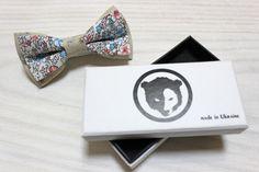 Damico bow tie with flowers. Cotton Bow Tie by BrandDamico on Etsy  #CottonBowTie #damico #bowtie #bowties #bowtieinvintage #womenbowtie #childrenbowtie #aluminumbowtie #woodenbowtie #manbowtie #handmade #tie #madeinua #madeinukraine #coolbowtie