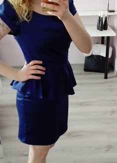 Kup mój przedmiot na #vintedpl http://www.vinted.pl/damska-odziez/krotkie-sukienki/16819698-granatowa-elegancka-sukienka-wizytowa-z-falbana