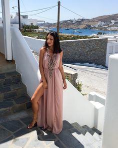Grecian maxi dress!!! Visit Mykonos Cyclades Greece