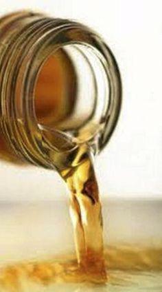 Eddik er et miljøvennlig rengjøringsmiddel. Vask med eddik.