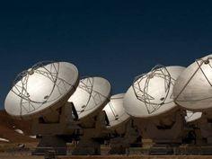 Antenas do observatório ALMA, o mais potente do mundo, localizado no Chile