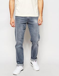 "Jeans by True Religion Stretch denim Light wash Regular rise Zip fly Straight fit - cut with a straight leg Machine wash 98% Cotton, 2% Elastane Our model wears a 81cm/32"" regular and is 185.5cm/6'1"" tall"