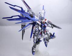 GUNDAM GUY: 1/100 Freedom Gundam Blue Phoenix - Customized Build