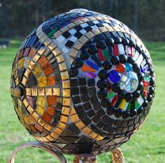 Bowling Ball WIP 2 sides- By artandartifacts' photostream Bowling Ball Garden, Mosaic Bowling Ball, Bowling Ball Art, Garden Balls, Mosaic Garden, Mosaic Art, Mosaic Tiles, Stone Mosaic, Mosaic Glass