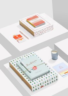 Make a design lover's day with these gorgeous Limited Edition stationery gift packs