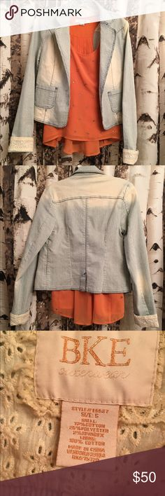 BKE striped jacket Very cute jacket, has lots of stretchy to it and is super comfortable to wear! BKE Jackets & Coats