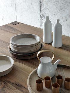 Round solid wood tray TONDO by FIORONI