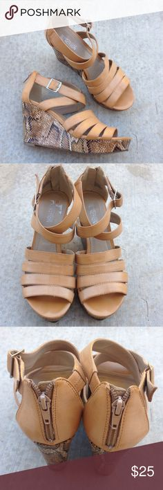 Kenneth Cole Reaction tan snake look wedges Gently worn , strappy, back zipper , slight discoloration on the upper areas, size 7, 3.5 inch wedge, small peeled area on right shoe Kenneth Cole Reaction Shoes Wedges