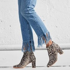 Shoes: tumblr blue jeans denim ankle boots thick heel block heels frayed denim frayed jeans printed