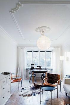 Plafond vintage avec moulure