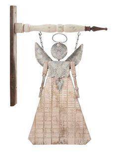 Angel Decor, Angel Art, Fall Wood Crafts, Wood Angel, Garden Angels, Angel Crafts, Metal Garden Art, Country Crafts, Assemblage Art