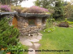 Hobbit home in Findhorn Scotland community. I love these little things!!
