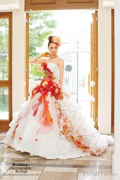 Beyond Kimono: 38 Modern Kawaii Japanese Wedding Dress Inspiration   Wedding Photography Design   jαɢlαdy
