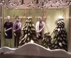 H&M Christmas 2016 Season Window Display – Design Retail Space Christmas Window Display, Window Display Design, H&m Christmas, Retail Space, Visual Merchandising, Warsaw Poland, Windows, Ceiling Lights, Seasons