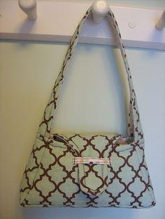 little girl's free purse pattern