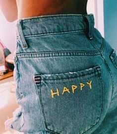 47 Women Jeans Style To Inspire Every Girl - Women Jeans - Ideas of Women Jeans . 47 Women Jeans Style To Inspire Every Girl – Women Jeans – Ideas of Women Jeans – Painted Jeans, Painted Clothes, Diy Clothes Paint, Diy Your Clothes, Diy Clothes Projects, Painted Shorts, Diy Summer Clothes, Clothes Crafts, Diy Fashion
