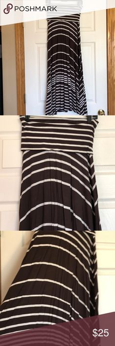 INC International Concepts Maxi Skirt - S INC International Concepts Brown and White striped Maxi Skirt. Skirt can also convert to a strapless dress. Skirt/dress was only worn a small handful of times and is in excellent, pre-use condition. Skirt is a size small. INC International Concepts Skirts Maxi