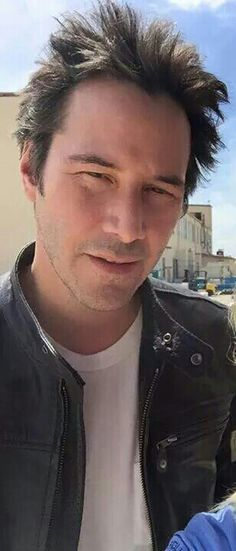Please Keanu ♡♥ Reeves not look at me like that ...:) ♥