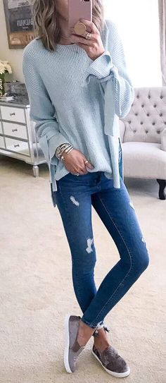 fall casual outfit / sweater + ripped jeans + shoes