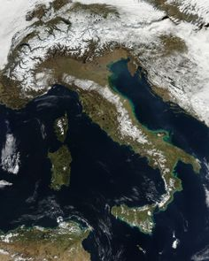 L'#Italia vista dal satellite...#winter is coming!