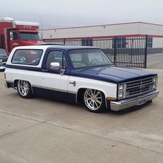 Showcasing the sickest Chevy trucks 1987 Chevy Silverado, Custom Chevy Trucks, Chevy Pickup Trucks, Classic Chevy Trucks, Chevy Pickups, Chevrolet Trucks, Chevrolet Blazer, Lowrider Trucks, C10 Trucks