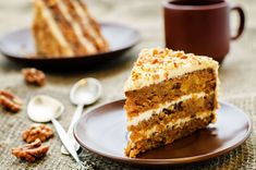Our carrot cake granola with coconut nectar is almost like eating vegetables for breakfast! And using coconut nectar keeps in low on the glycemic index. Easy Cake Recipes, Wine Recipes, Baking Recipes, Carrot Recipes, Dessert Recipes, Moist Carrot Cakes, Moist Cakes, Food Cakes, Cake Light