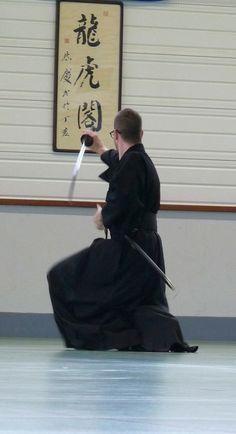 Iaïdo - ONI-DOJO école de sabre japonais et d'arts martiaux à SABLONS