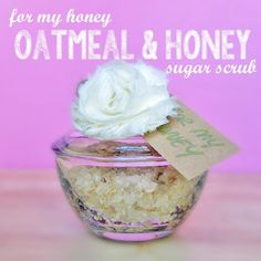 DIY Sugar scrub, Oatmeal & Honey, Oatmeal and honey Sugar Scrub, DIY Sugar Scrub Recipe #sugarscrub #recipe #diy