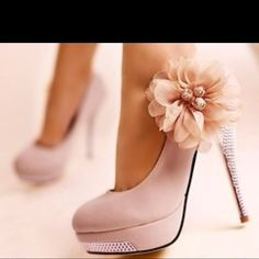 These are some hot heels